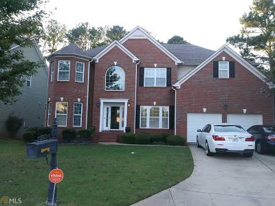 Lithonia Single Family Home For Sale: 7660 Sugar Plum Ln