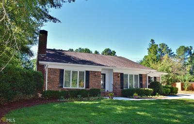 Gainesville Single Family Home New: 2839 Village Ct