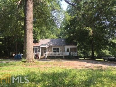 Alpharetta Single Family Home For Sale: 390 Academy St