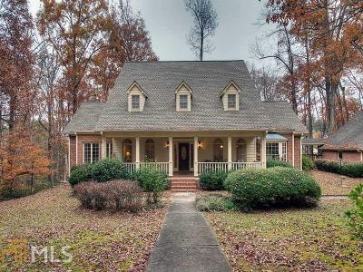 Buford Single Family Home For Sale: 3400 Knollwood Ct
