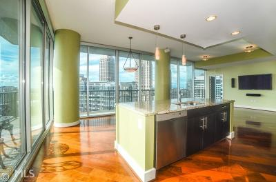 Condo/Townhouse New: 1080 Peachtree St #2211