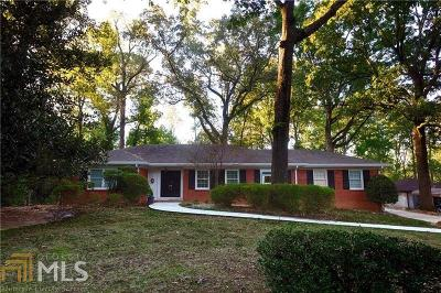 Atlanta Single Family Home Under Contract: 1220 Moores Mill Rd