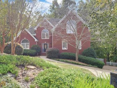 Flowery Branch Single Family Home For Sale: 6027 Thornlake Dr