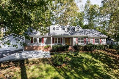 Roswell Single Family Home Under Contract: 4571 Huntridge Dr