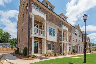 Smyrna Condo/Townhouse For Sale: 1204 SE Stone Castle Cir #2