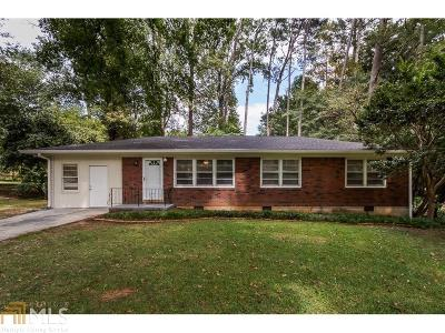Chamblee Single Family Home For Sale: 2590 Beverly Hills Dr
