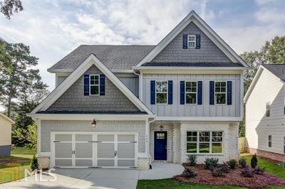 Smyrna Single Family Home Under Contract: 994 Dell Ave
