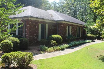 Flowery Branch Single Family Home For Sale: 6445 Chestnut Hill Rd