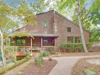 Gainesville Single Family Home For Sale: 5824 North Cove Rd