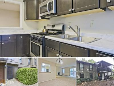 Smyrna Condo/Townhouse For Sale: 2507 Cumberland Ct