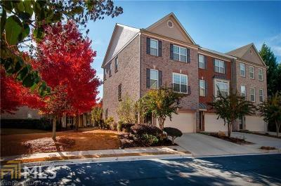 Norcross Condo/Townhouse For Sale: 3270 Greenwood Oak Dr