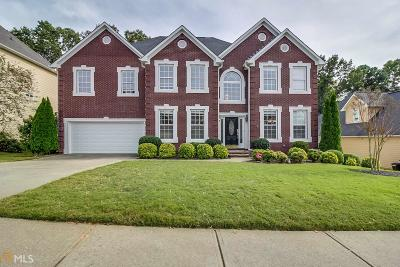 Dacula Single Family Home For Sale: 727 Glen Valley Way