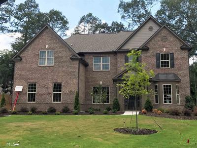 Auburn Single Family Home For Sale: 1404 Highland Wood Ct