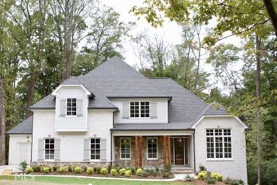 Roswell, Sandy Springs Single Family Home For Sale: 630 Windsor Pkwy