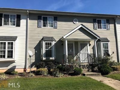 Clayton County Condo/Townhouse For Sale: 1625 Conley Rd #102