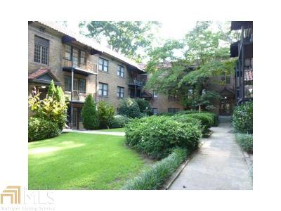Condo/Townhouse For Sale: 677 Somerset Ter #D3/0011