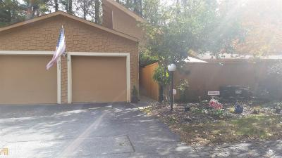 Marietta, Smyrna Condo/Townhouse For Sale: 871 Lake Hollow Blvd