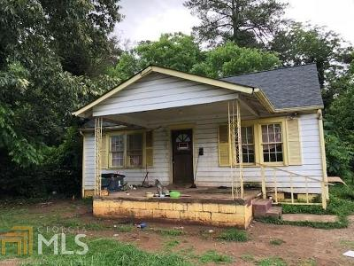 College Park Single Family Home Under Contract: 4886 Ben Hill Rd