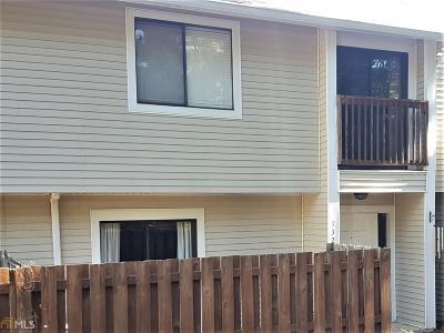 Peachtree City GA Condo/Townhouse For Sale: $129,000