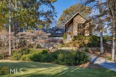 Roswell, Sandy Springs Single Family Home For Sale: 205 Cliff Overlook