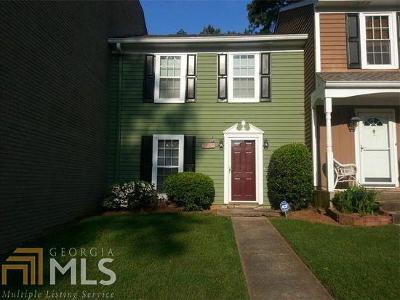 Marietta Condo/Townhouse For Sale: 1081 SW New Haven Dr