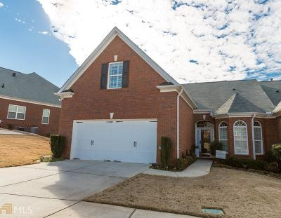 Woodstock Condo/Townhouse For Sale: 208 Claremore Dr
