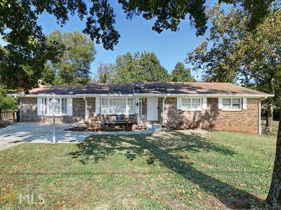 Smyrna Single Family Home Under Contract: 141 Diane Dr