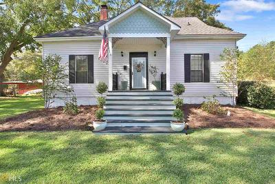 Fayetteville Single Family Home Under Contract: 111 Inman Rd