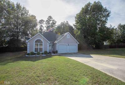 Hampton Single Family Home Under Contract: 1439 Starling Ct