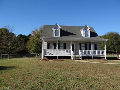 Monroe Single Family Home Under Contract: 520 NW John Deere Rd #80