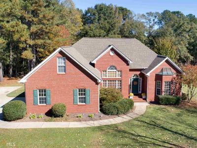 Hampton Single Family Home New: 25 White Laurel Ln