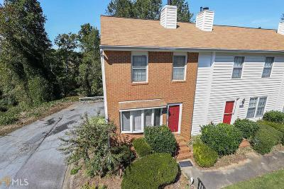 Roswell Condo/Townhouse For Sale: 153 Holcomb Ferry Rd