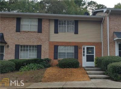 Lawrenceville Condo/Townhouse Under Contract: 386 Northdale Ct