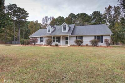Locust Grove GA Single Family Home Under Contract: $157,900