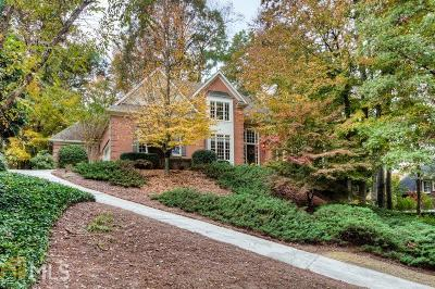 Roswell Single Family Home Under Contract: 435 Abbeywood Dr