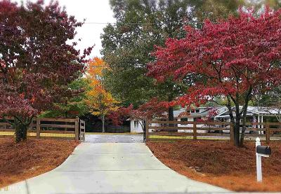 Roswell Single Family Home Under Contract: 11885 Chaffin Rd