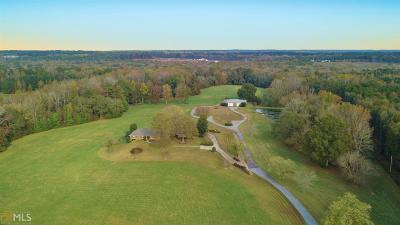 Sharpsburg Farm Under Contract: 843 Fischer Rd