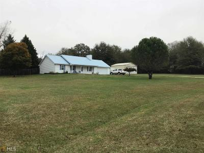 Loganville Single Family Home New: 3061 Old Oak Dr