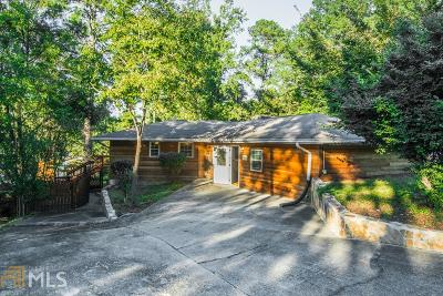 Snellville Single Family Home For Sale: 8570 Lake Dr
