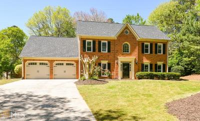 Roswell Single Family Home For Sale: 3359 River Birch Way