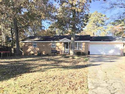 Powder Springs Single Family Home Back On Market: 3082 Old Villa Rica Rd