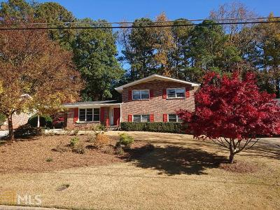 Clarkston Single Family Home Under Contract: 1069 Texel Ln