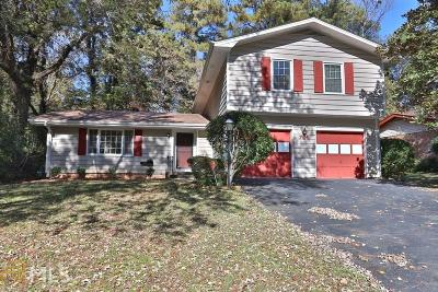 Stone Mountain Single Family Home Under Contract: 754 Rockborough Dr