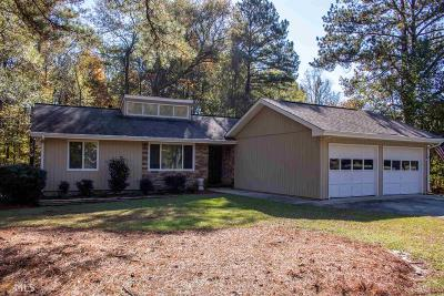 Fayetteville Single Family Home New: 210 Crabapple Rd