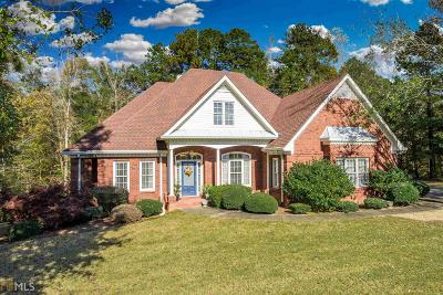 Oxford Single Family Home For Sale: 65 Mockingbird Ln