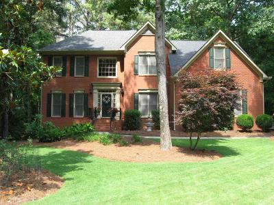 Peachtree City Single Family Home Under Contract: 605 Preserve Pl