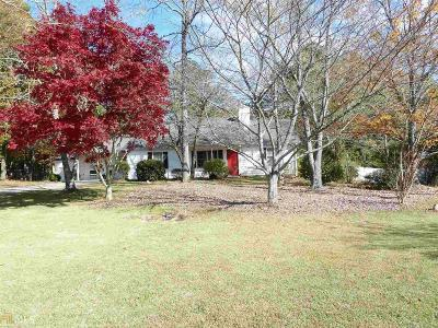 Snellville Single Family Home Back On Market: 2910 Highpoint Rd