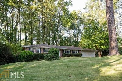 Sandy Springs Single Family Home For Sale: 540 High Point Ln