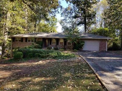 Lilburn Single Family Home For Sale: 1326 Hickory