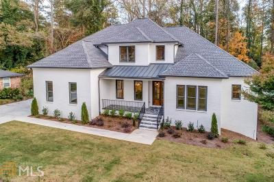 Roswell, Sandy Springs Single Family Home For Sale: 445 Windsor Pkwy